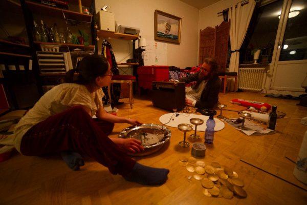 Isadora Del Carmen and Nils Henriksson exploring sounds